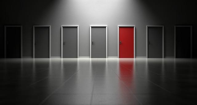 barevné dveře